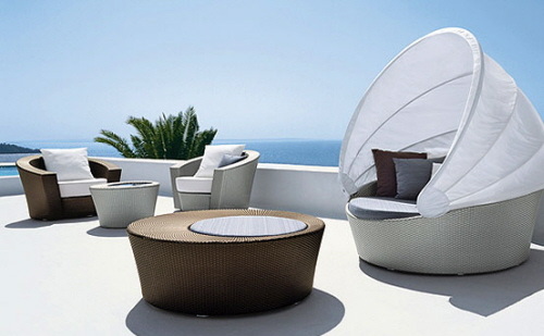 Patio furniture over looking ocean
